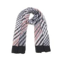 Langer Schal mit quer getreiftem Muster