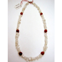Halskette Mondstein und Koralle 44 cm lang