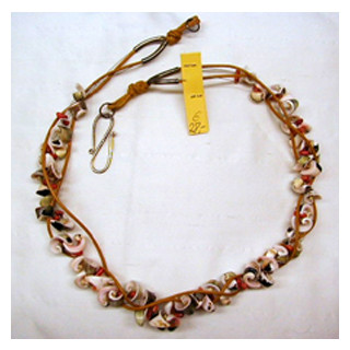 Halskette Muscheln mit Koralle, Leder natur 56 cm lang