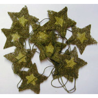 Sternenkette  Naturmaterial ca. 4x4cm dkl.grün