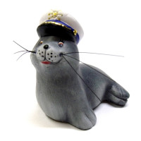 Seehund mit Kapitänmütze 7 cm